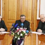 Biskupi BiH: Ljudi umiru, a oni se prepucavaju hoćemo li i kako nabaviti cjepiva