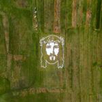 Broćanske umjetnice u polju izradile veliki lik Isusa Krista