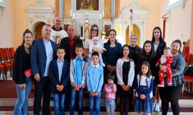 Kršteno osmo dijete u najmnogobrojnijoj obitelji u Livnu