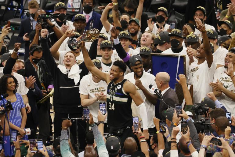 Čudesni Giannis s 50 koševa odveo Buckse do prvog NBA naslova nakon 50 godina