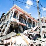 Broj poginulih u potresu koji je pogodio Haiti narastao na 1297