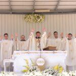 Radosno u Posušju, fra Tomislav Crnogorac proslavio mladu misu