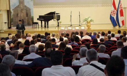 Poruke sa svečane sjednice OV-a: Puno truda i energije ulažemo da bi naše Posušje bilo mjesto ugodnijeg življenja