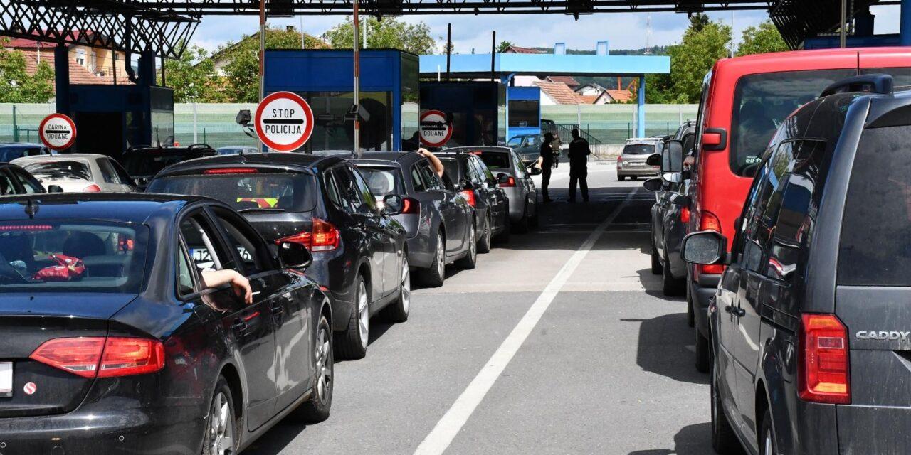 Pojačan promet na graničnim prijelazima Gabela Polje, Orahovlje, Gorica, Osoje, Kamensko..