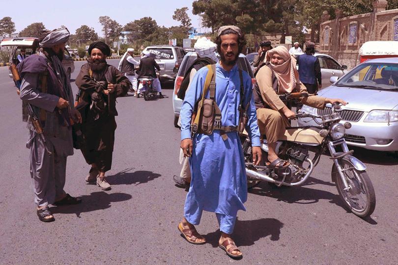 Talibani ušli u Kabul, predsjednik pobjegao iz države