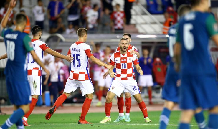 Sjajna Hrvatska pobijedila Sloveniju 3:0 na Poljudu