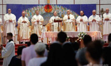 Biskup Palić i petorica svećenika proslavili 25. obljetnicu svećeničkog ređenja