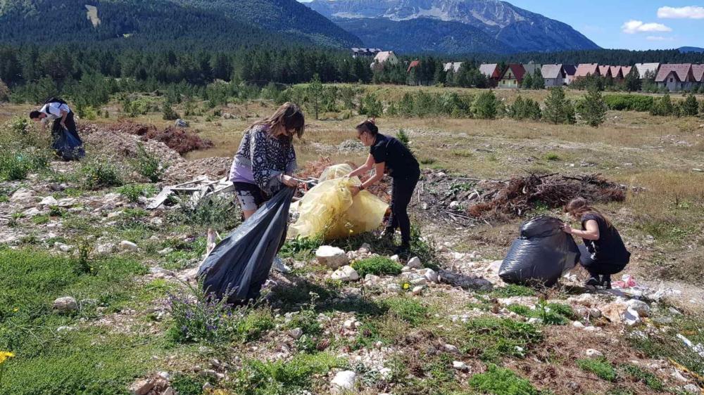 Mladi očistili blidinjski krajolik